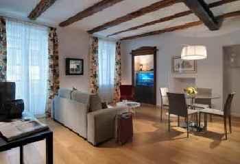 Piazza Vittorio Suites 219