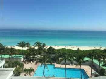 Ocean View Apartment in Miami Beach