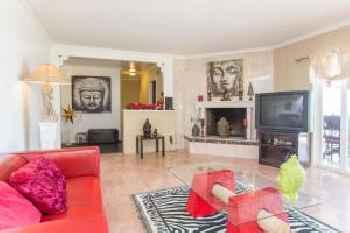 Three Bedroom Villa in Bel Air with Views 220