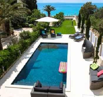 Apartments Villa Maelise 201