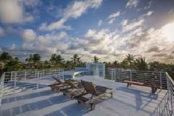 Caribbean Oreuga Apartments 201