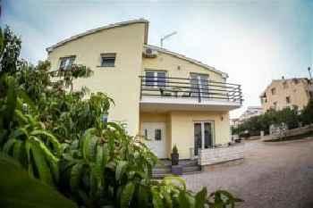 Apartments Blatančić 201