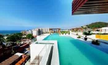 Luxury Puerto Vallarta Condo Romantic Zone 201