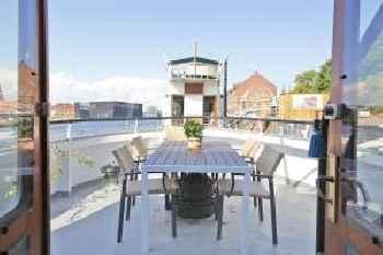 Copenhagen Houseboat 215