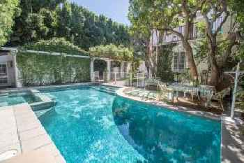 Beverly Hills Celebrity Home 213
