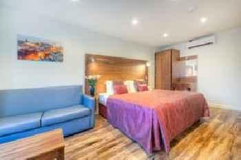 Holyrood Aparthotel 219