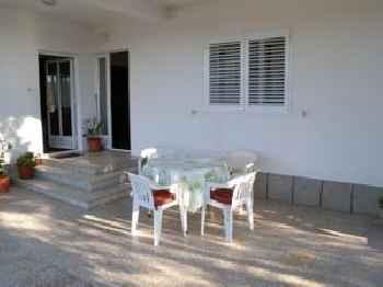 Apartment Kampor 11 201