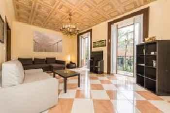Grand Latina Apartment 201