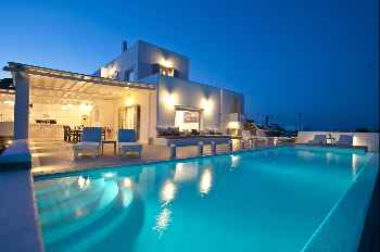 Amazing Villa Di Lusso, luxurious villa, 5 min from Mykonos Town 5 Bedrooms, 4 Bathrooms Private Pool Up to 10 Guests