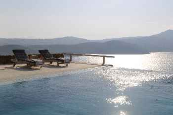 Superb Private Pool, 6 BR 5 BATHR Up to 12 Guests  Villa Natura Mykonos, Water Front Overlooking the Bay of Ftelia