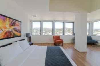 California Spring Apartment 201