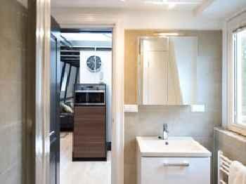 BizStay Park Central Apartments 201