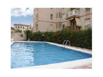 Two-Bedroom Apartment Santa Pola with an Outdoor Swimming Pool 05 201