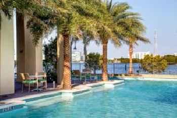 Mare Azur Miami Luxury Apartments by Grand Bay 201