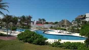 Apartment Cancun 201