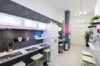 Studio 4U Apartment 201