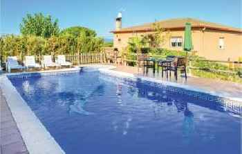 Three-Bedroom Holiday home Lloret de Mar 0 01 220