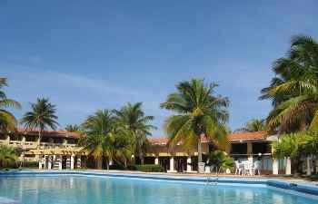 Authentic Resort Elguea**