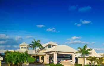 Pearl inn Resort Marina Varadero Hotel*****