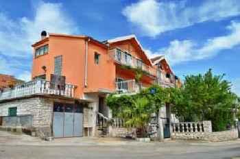Apartments Svetin 552