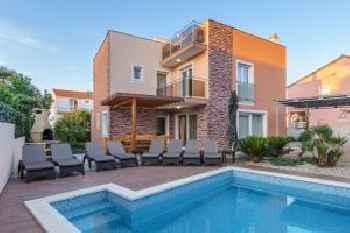 Luxury villa Amor 213
