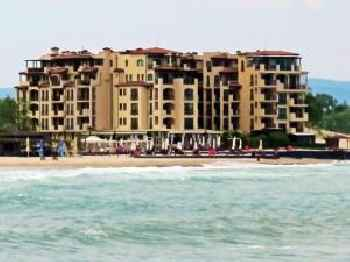 Oasis VIP Club - Boutique Apartment on the Beach itself 201