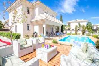 Villa Blue Water Bay 125 213