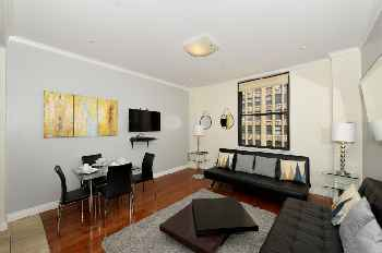 Doorman Time Square 1 Bed Stunner #132