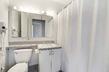 Freedom Tower 3 Bedroom Apartment 144