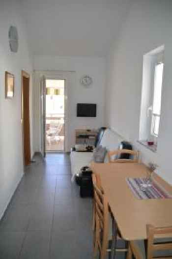 Apartments Mirko Novalja
