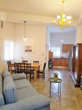 Carmel Apartments 201