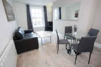 Temple Bar Essex Street Apartments 201