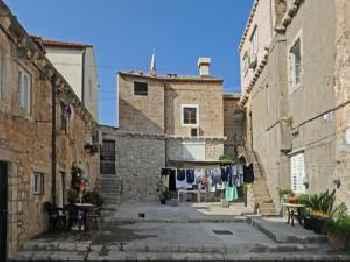 Atento Apartments 201