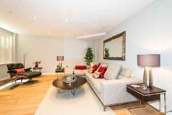 Luxurious 4 bedroom mews house in central Paddington