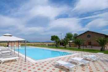 Quaint Holiday Home in Grosseto with Beach Nearby 220
