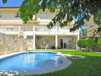Villa Carolina 220
