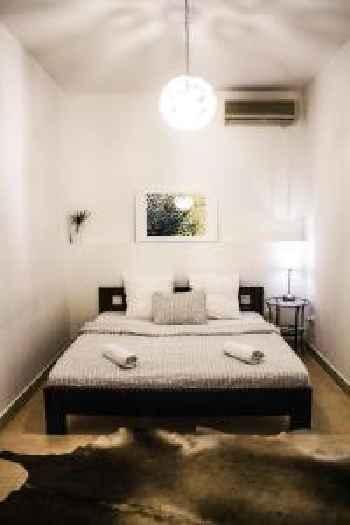 Travel Inn Apartments 201