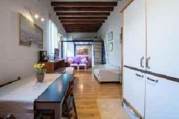 Mc Yolo Apartamento Museo Reina Sofia ll 201