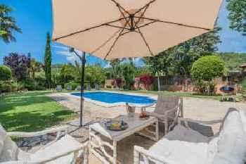 Villa Roura 213