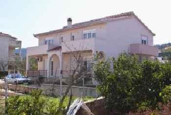 Apartments by the sea Slatine, Ciovo - 6018 201