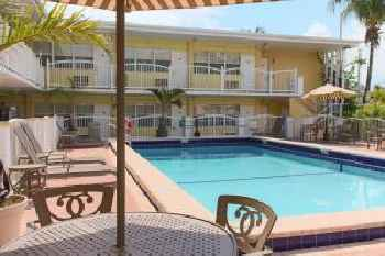 Beach Place Hotel 219