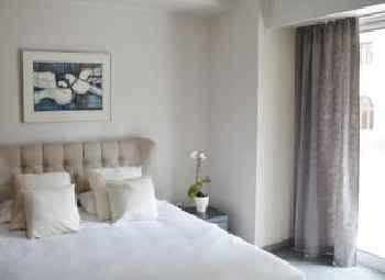 Lion Hotel Apartments 219