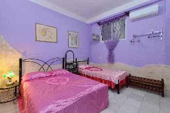 REFUGIO DE ALINA HOSTEL Room B