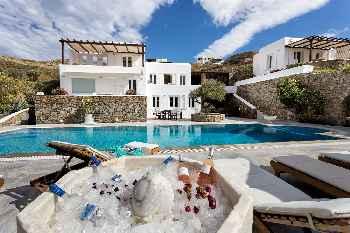 HOUSE OF THE SUN@The Galaxy Mykonos villa