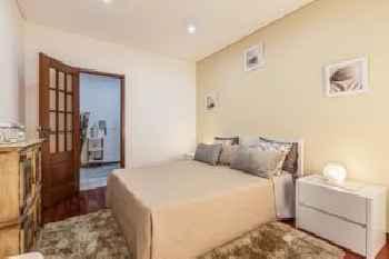 Barnabe Apartment 201
