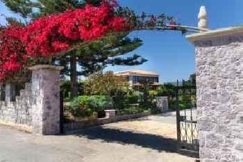 Villa Antikleia 213