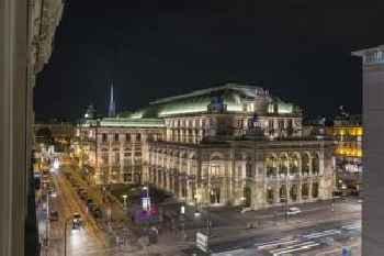 De Luxe Suite Staatsoper by welcome2vienna 201