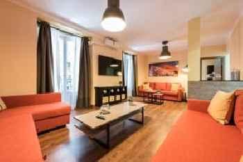 Grand Apartment La Latina 201