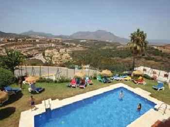 Three-Bedroom Apartment in Casares Costa 201