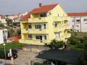Apartments Sestan 201